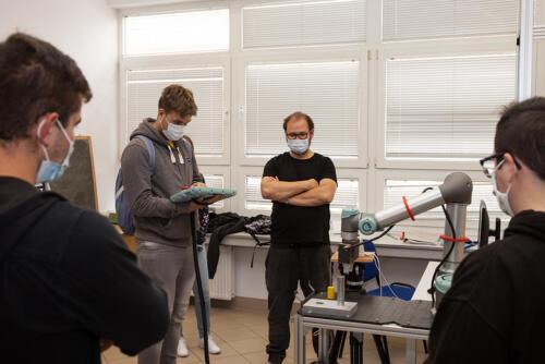 Zajęcia z automatyki przemysłowej na Politechnice Białostockiej